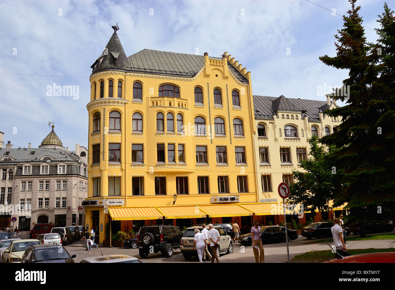Art Nouveau Yellow The Yellow Art Nouveau Building Of The Cats So Called Because Of