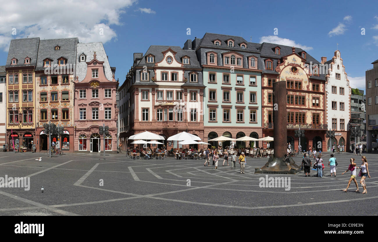 Deutsche Restaurants Mainz Altstadt The Marktplatz Marketplace In The Old Town Of Mainz Stock