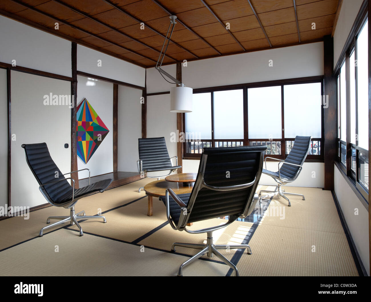 Eames Lounge Office Chair Eames Chairs Stock Photos And Eames Chairs Stock Images Alamy
