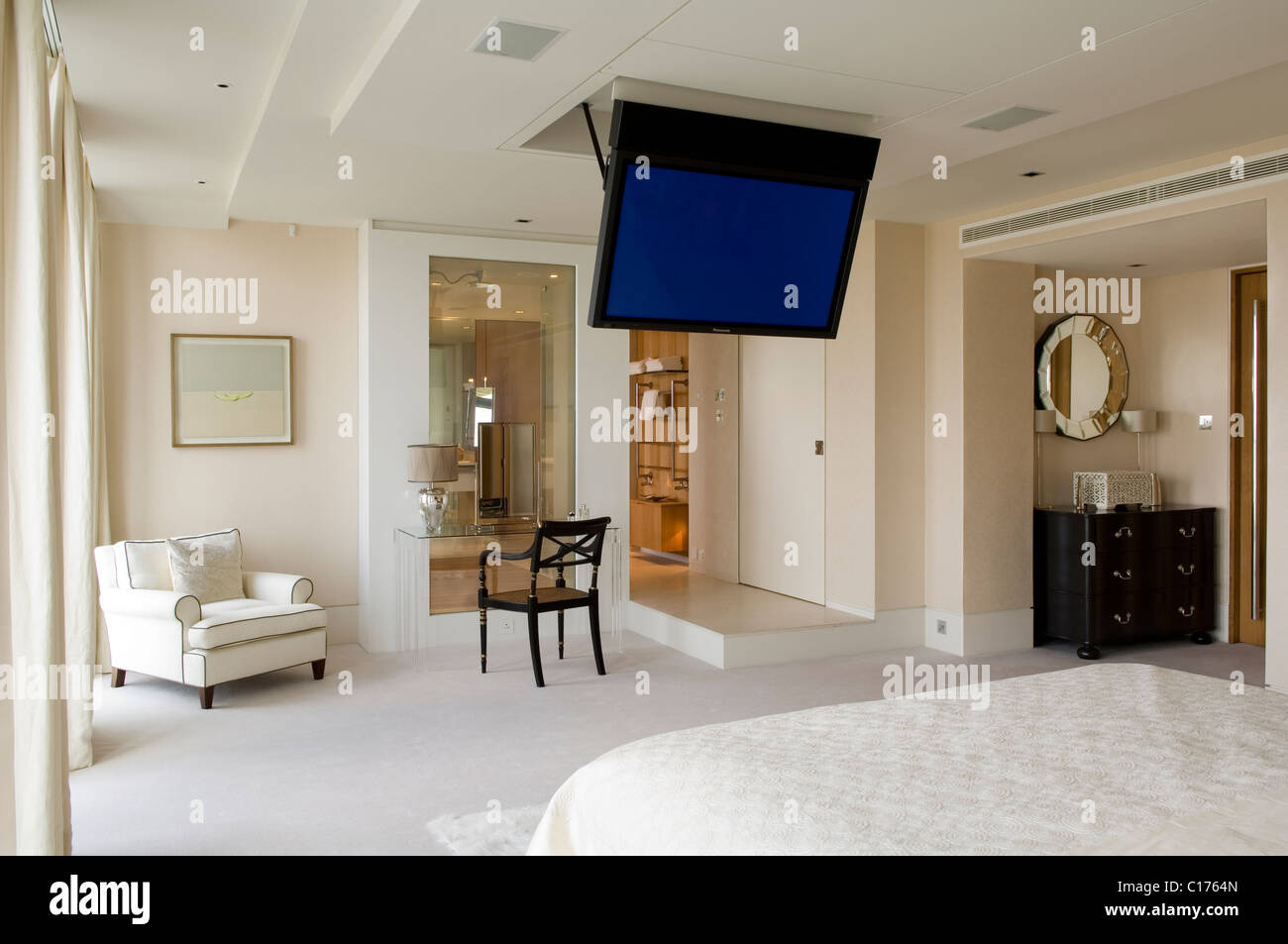 How High To Mount Tv On Wall In Bedroom Flat Screen Plasma Tv Mounted To The Ceiling In Modern