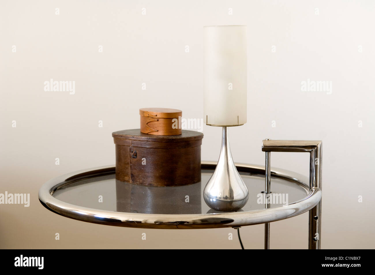Eileen Gray Tisch Eileen Gray Stock Photos Eileen Gray Stock Images Alamy