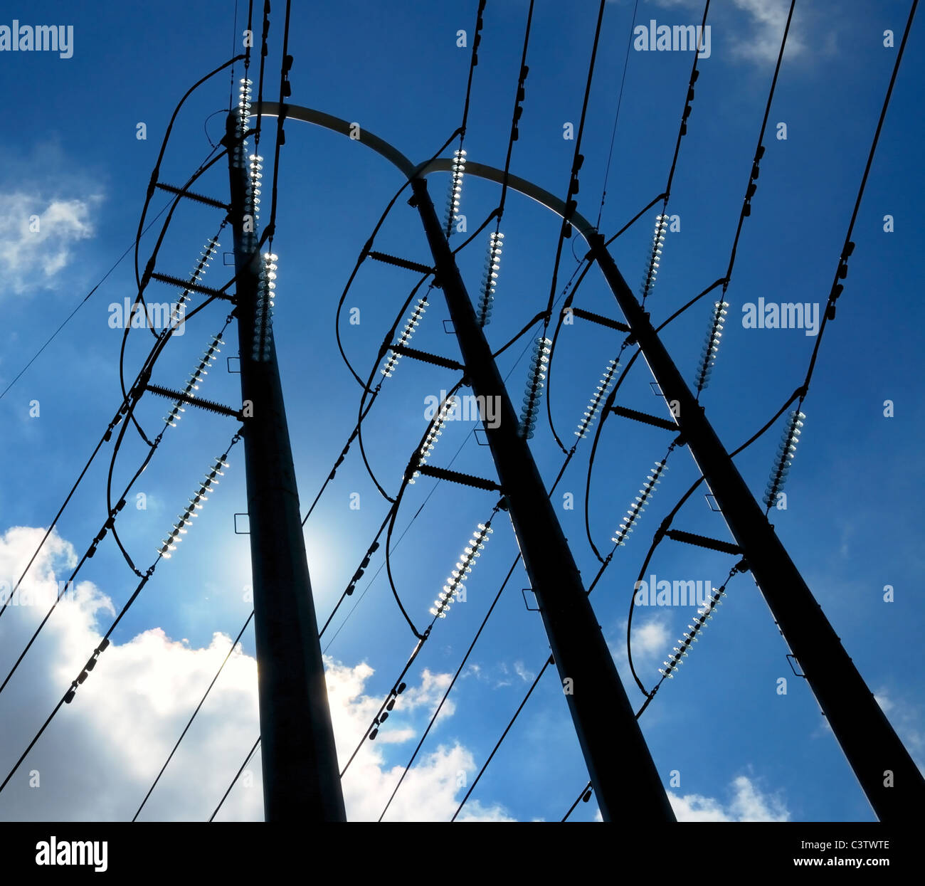 Power Electric High Voltage Electric Power Distribution Tower And Wires Stock