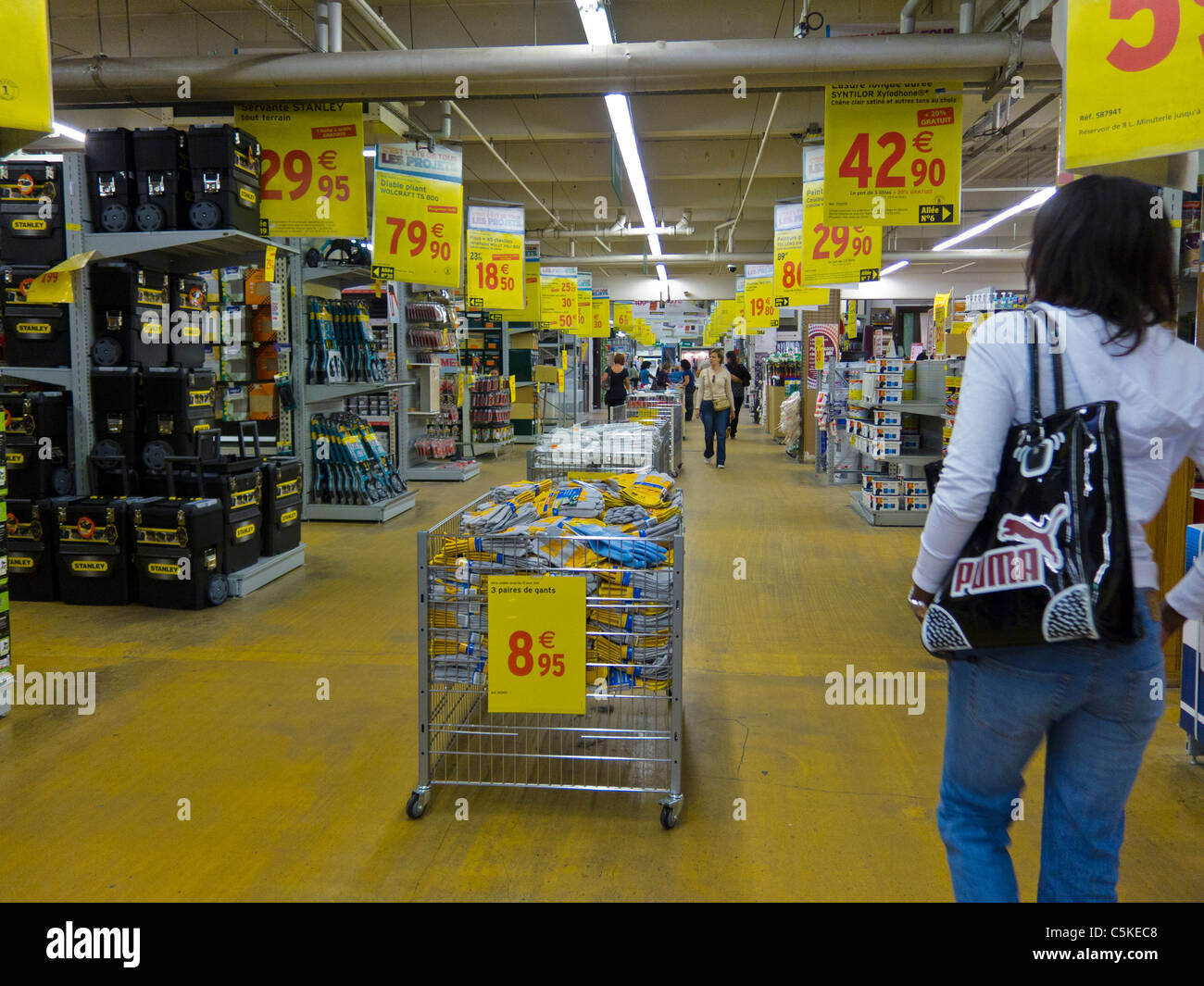 Bras Store Banne Castorama Hardwares Store Stock Photos Hardwares Store Stock Images Alamy
