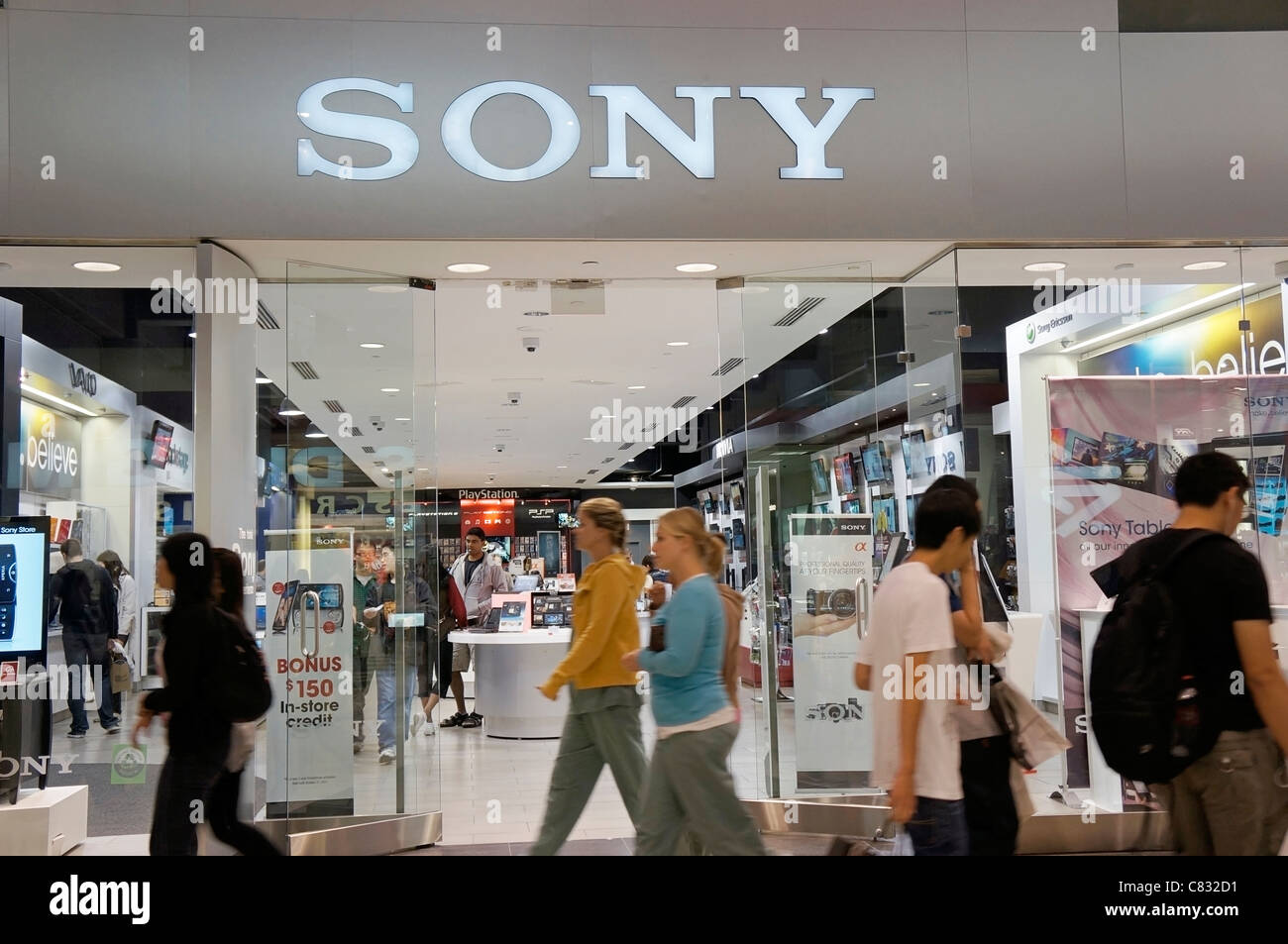 Kuche Store Jakarta Sony Shop Stock Photos Sony Shop Stock Images Alamy