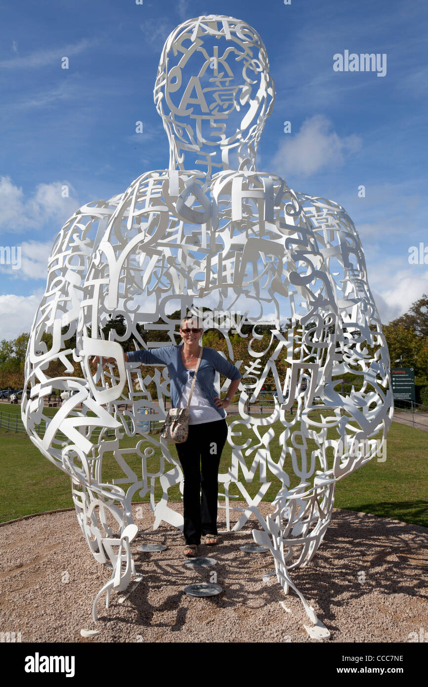 Spiegel De4 Spiegel By Jaume Plensa At Yorkshire Sculpture Park, Uk Stock Photo - Alamy