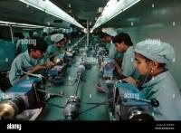 Man Setup Asian Stock Photos & Man Setup Asian Stock ...