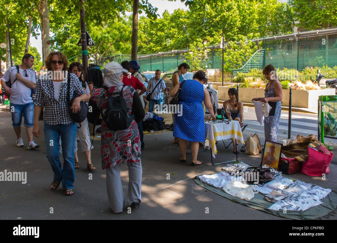 Brocante Cours De Vincennes Vide Grenier Paris Stock Photos Vide Grenier Paris Stock Images