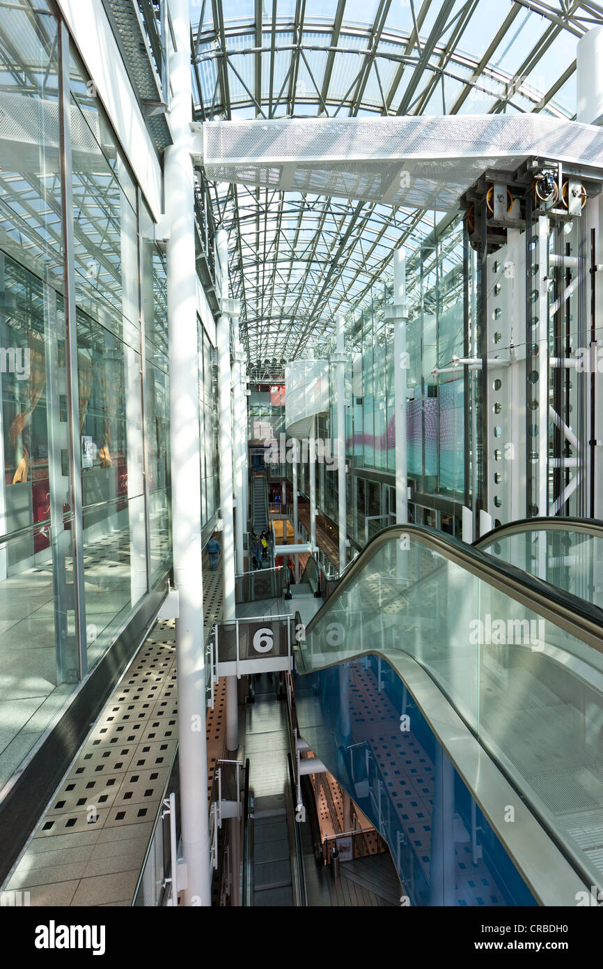 Transparant Zeil Met Ringen Gallery Shopping Center Stock Photos Gallery Shopping Center