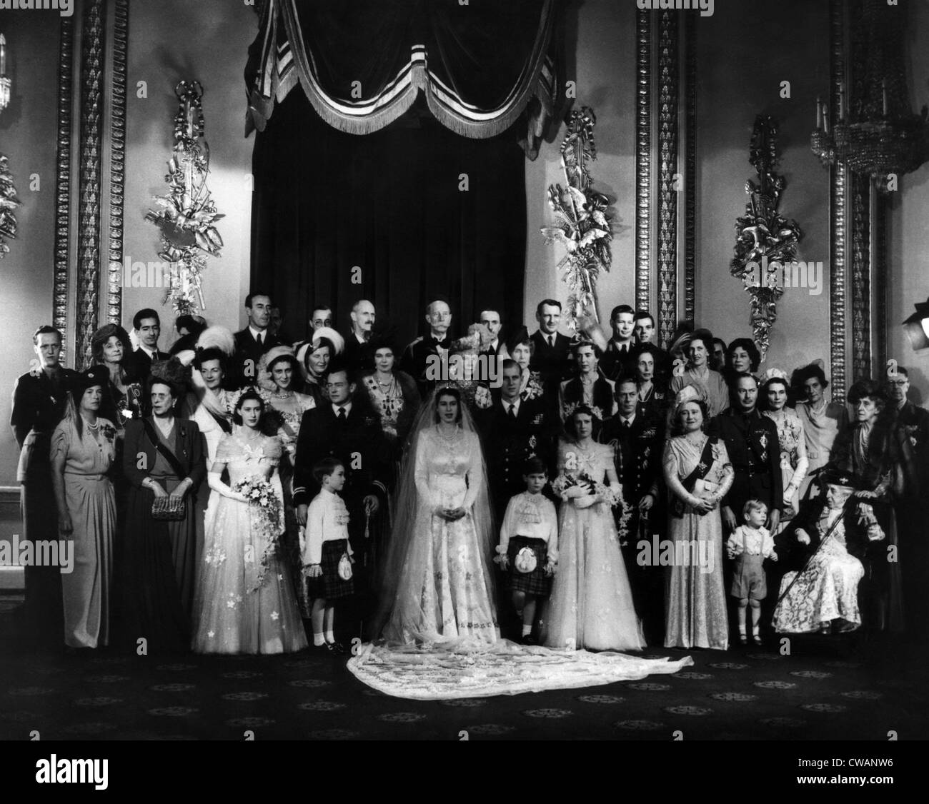 Queen Elizabeth Hochzeit Queen Elizabeth Ii Wedding Stock Photos Queen Elizabeth Ii