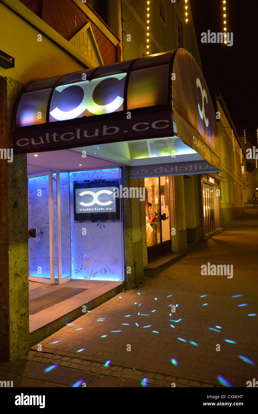 Oled Art Installation Mimosa Jason Bruges Oled Art Magazine Cult Club Schladming Fotos