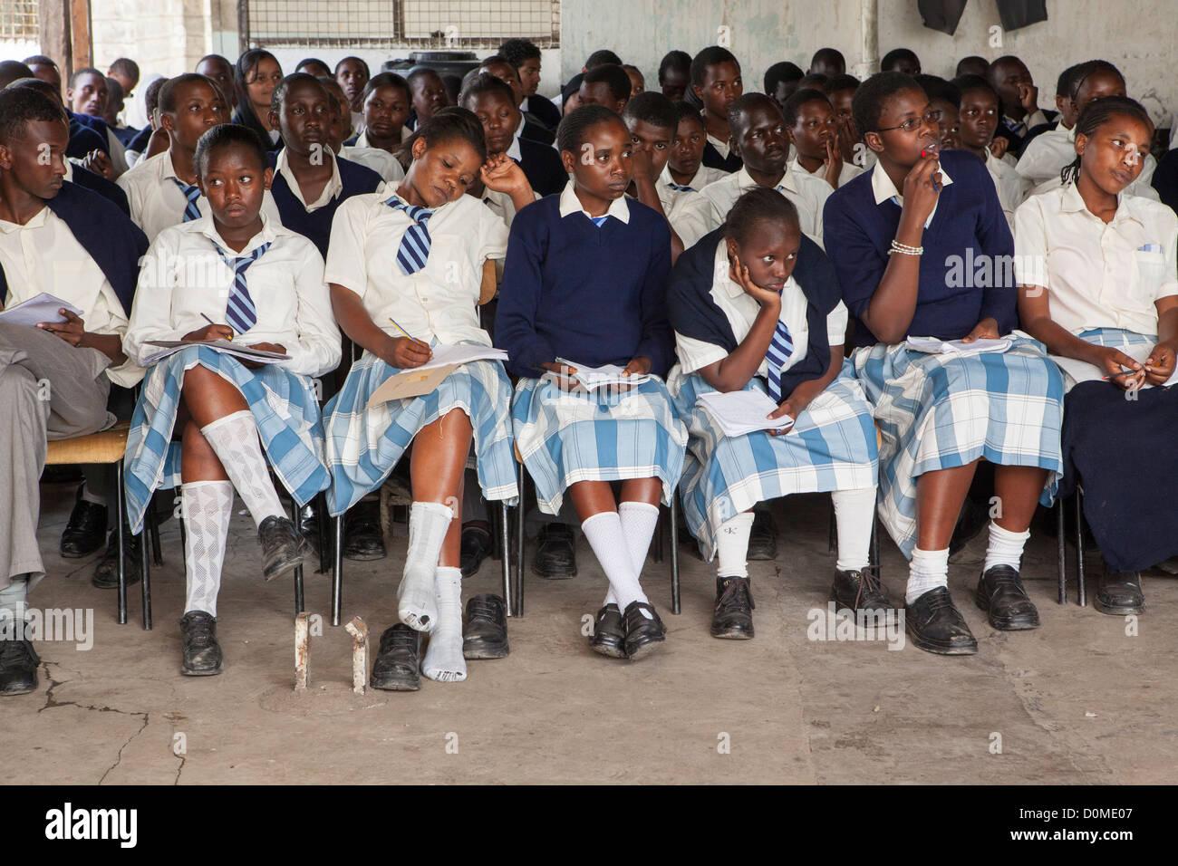 kenyan girls nude drunk