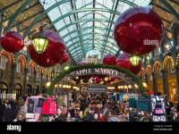 The Apple Market Hall at Covent Garden with Christmas ...