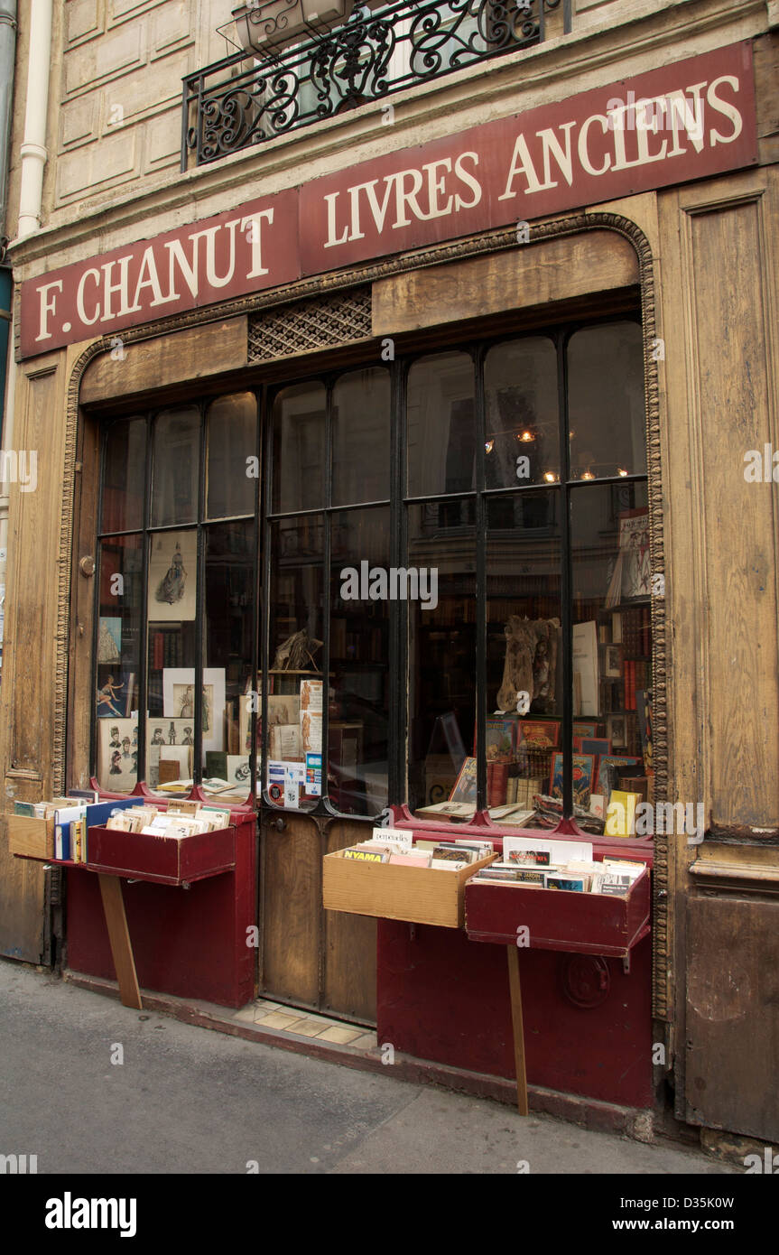 Livres Anciens F Chanut Livres Anciens An Old Antiquarian Bookshop In The Rue