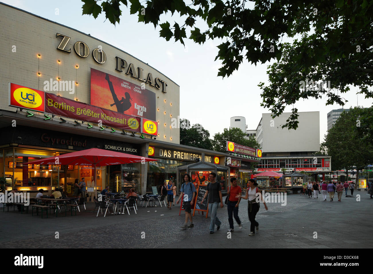 Zoologischer Garten Berlin Kino Zoo Palast Cinema Stock Photos And Zoo Palast Cinema Stock