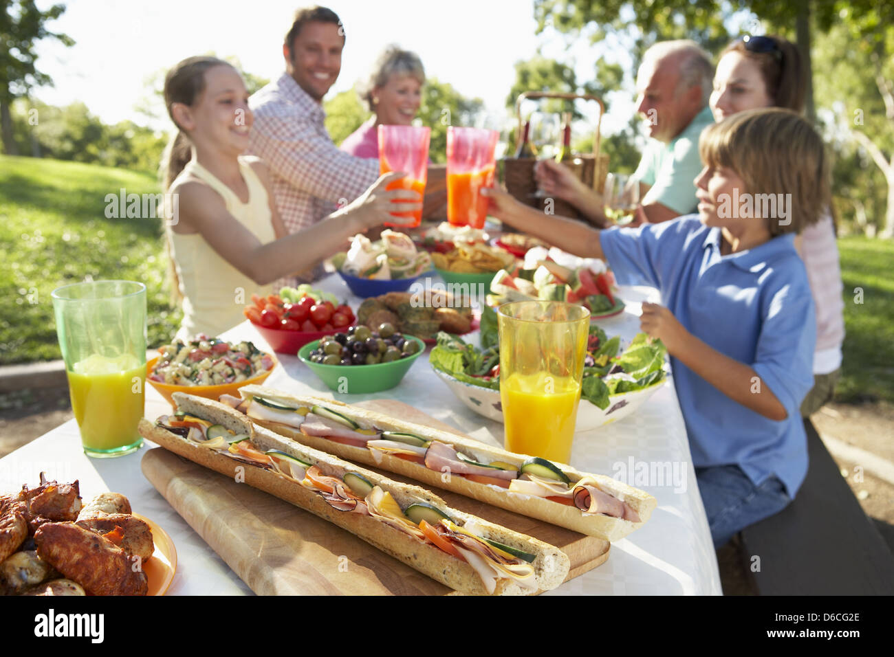 Picknick Essen Liste Family Fests Stock Photos & Family Fests Stock Images - Alamy