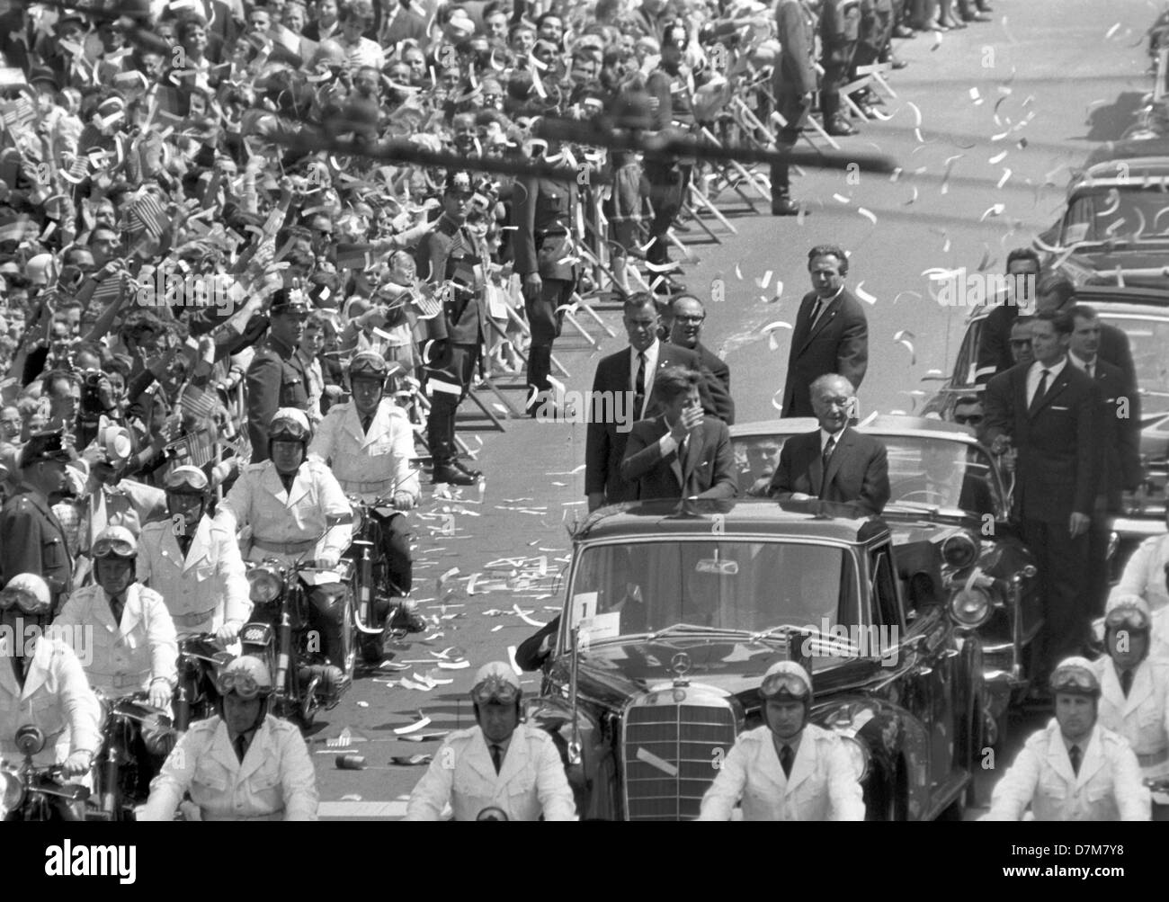 Adenauer Rose Us President John F Kennedy In An Open Limousine With German