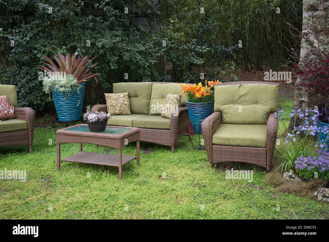 Garden Furniture For Sale High Resolution Stock Photography And Images Alamy - Garden Furniture Clearance Company Dorset