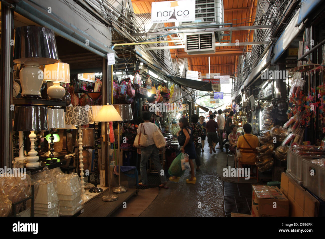 Home Decor Market Walkway Near A Home Decor Shop At Chatuchak Weekend Market In