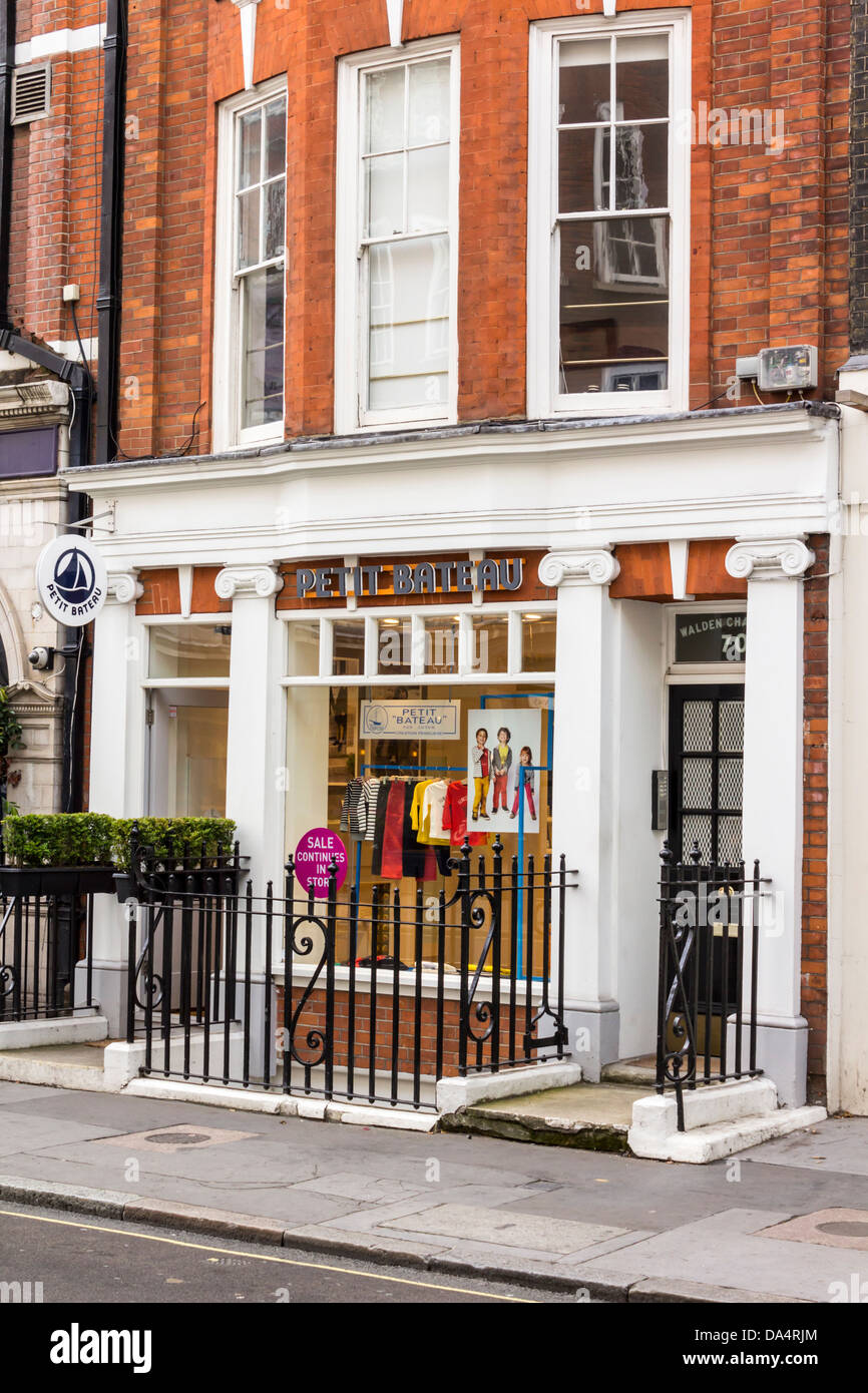 Petit Store View Of Petit Bateau Store Front In Marylebone London Stock Photo