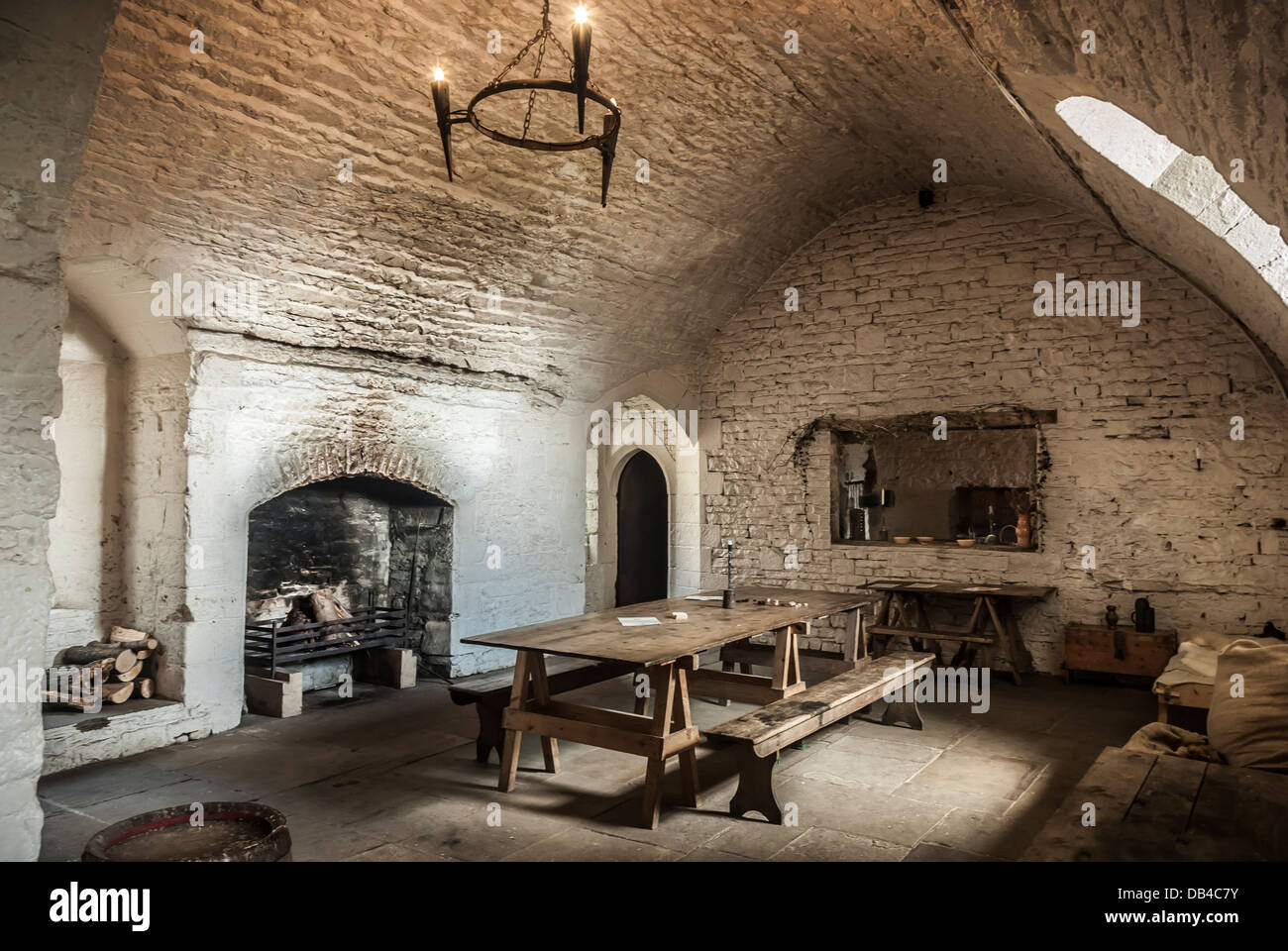 Cocina Medieval A Dining Room Kitchen Inside A Medieval Castle Stock Photo