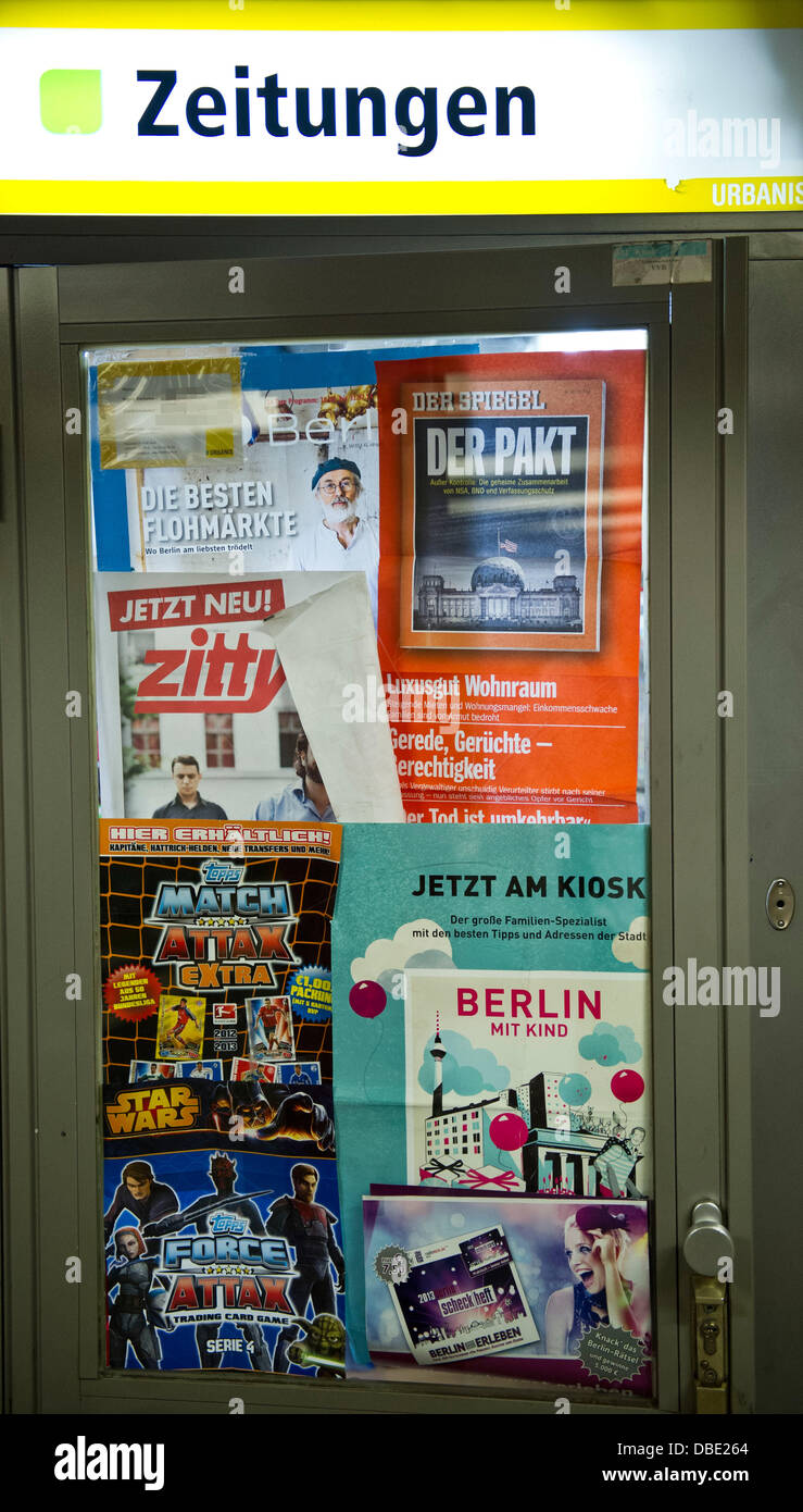 Spiegel-shop The Lettering Newspapers Is Featured Above The Door Of A Small