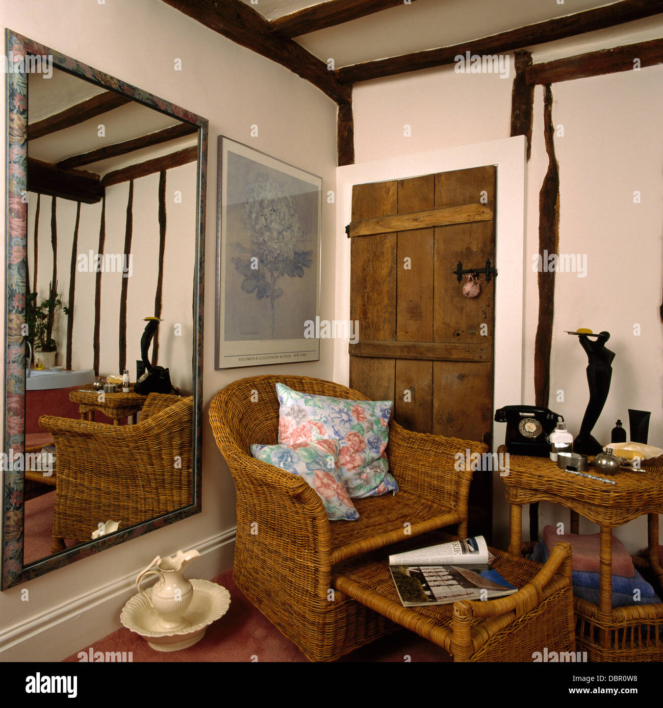 Chaise Longue Telephone Table Large Mirror In Country Living Room With Wicker Chaise Longue And