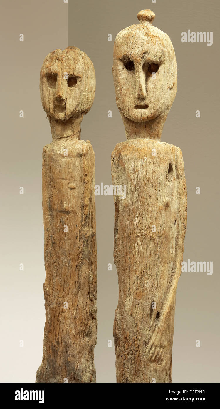 Mujika Decoracion Wooden Scuptures From Polynesia Juantxo Mugica Decoración Stock