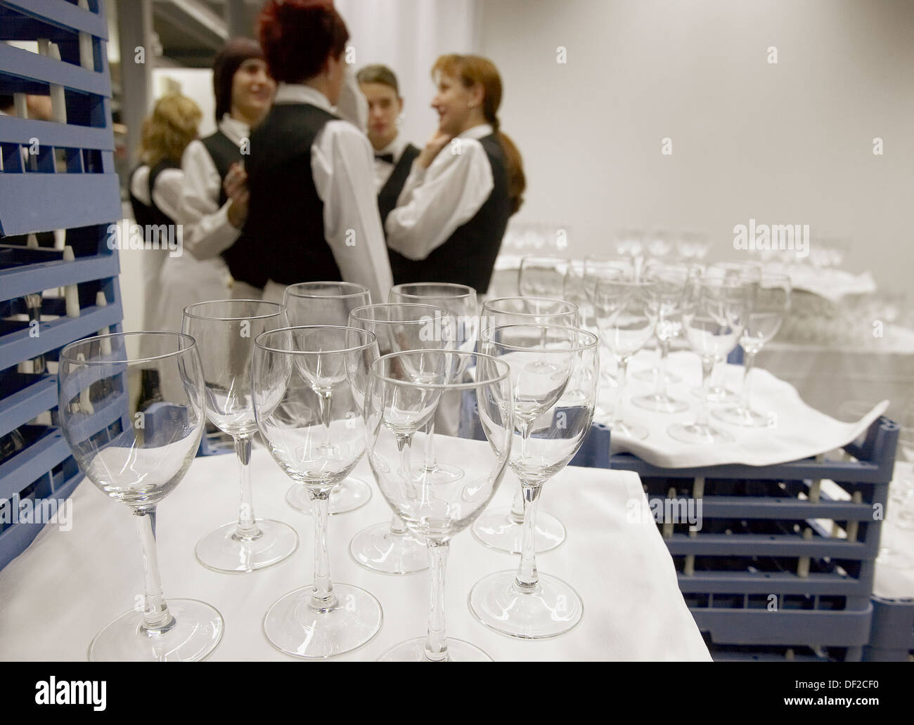 Mujika Decoracion Wineglasses And Waiters Catering Opening Of Juantxo Mugica Stock