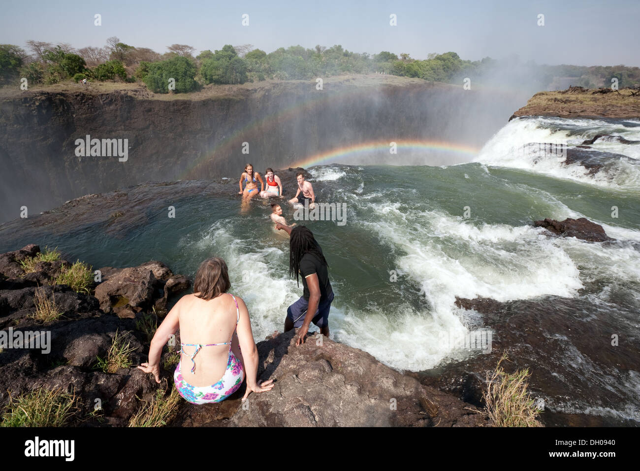 Gfk Pool Victoria Tourists At Victoria Falls Stock Photos Tourists At Victoria