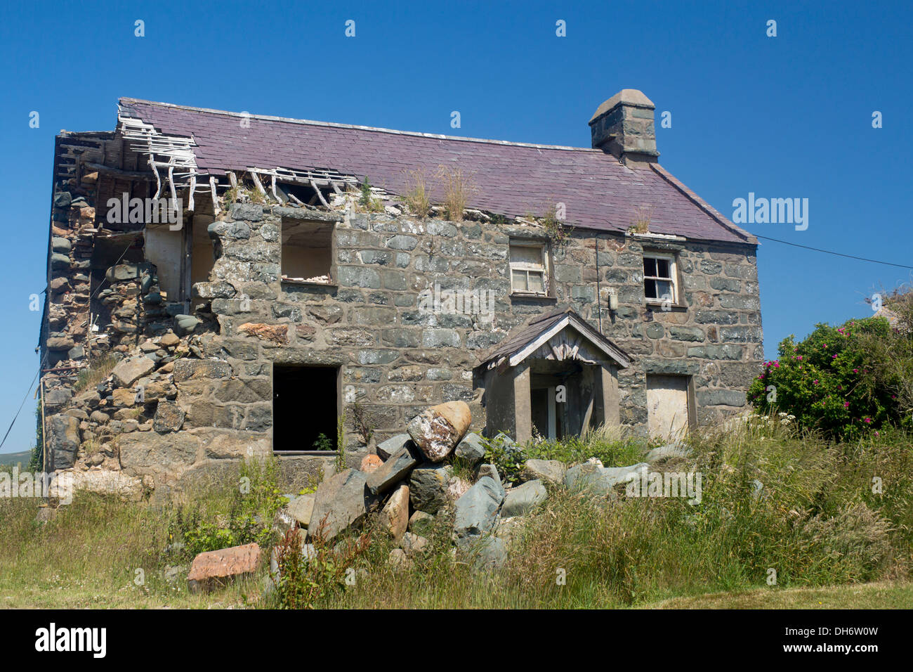 Farmhouse For Sale Wales Derelict Cottage Uk Stock Photos And Derelict Cottage Uk