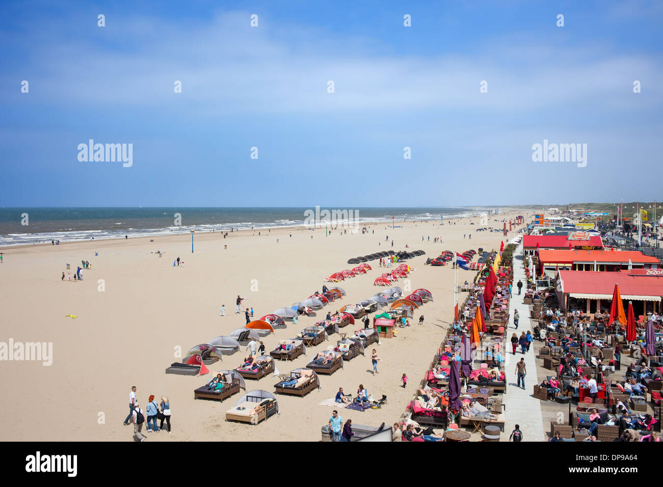 Scheveningen Beach Restaurants Cafes Restaurants Clubs Along The Scheveningen Beach By The