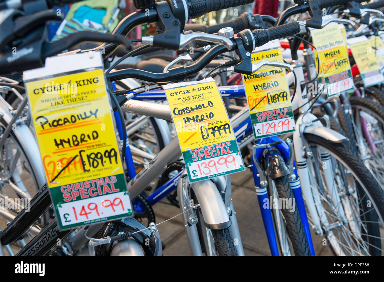 Bike Shop Sale Bicycles Lined Up For Sale Outside A Bike Shop In Cambridge Uk
