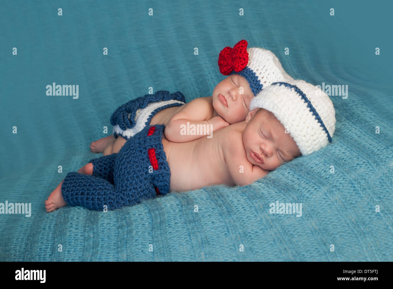 Twin Stroller Usa Fraternal Twins Girl Stock Photos Fraternal Twins Girl