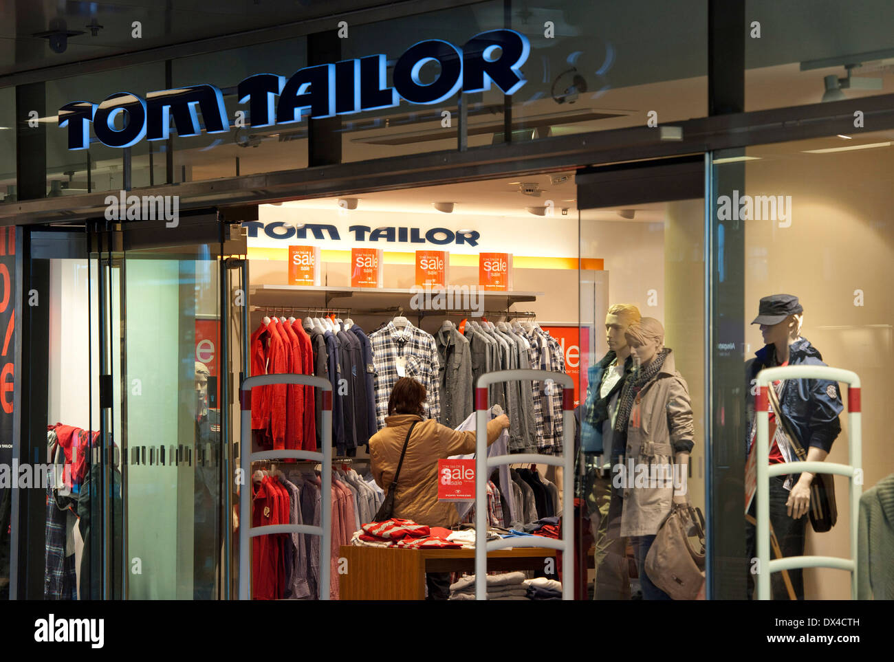 Www Tom Tailor Tom Tailor Stock Photos Tom Tailor Stock Images Alamy