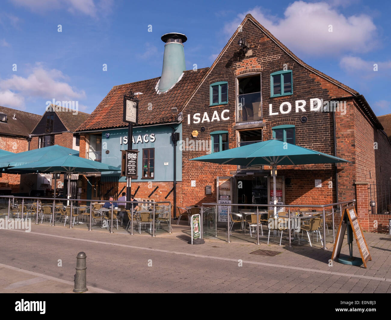 Restaurant Trossingen Old Isaac Lord Isaacs Restaurant And Pub On The Quayside