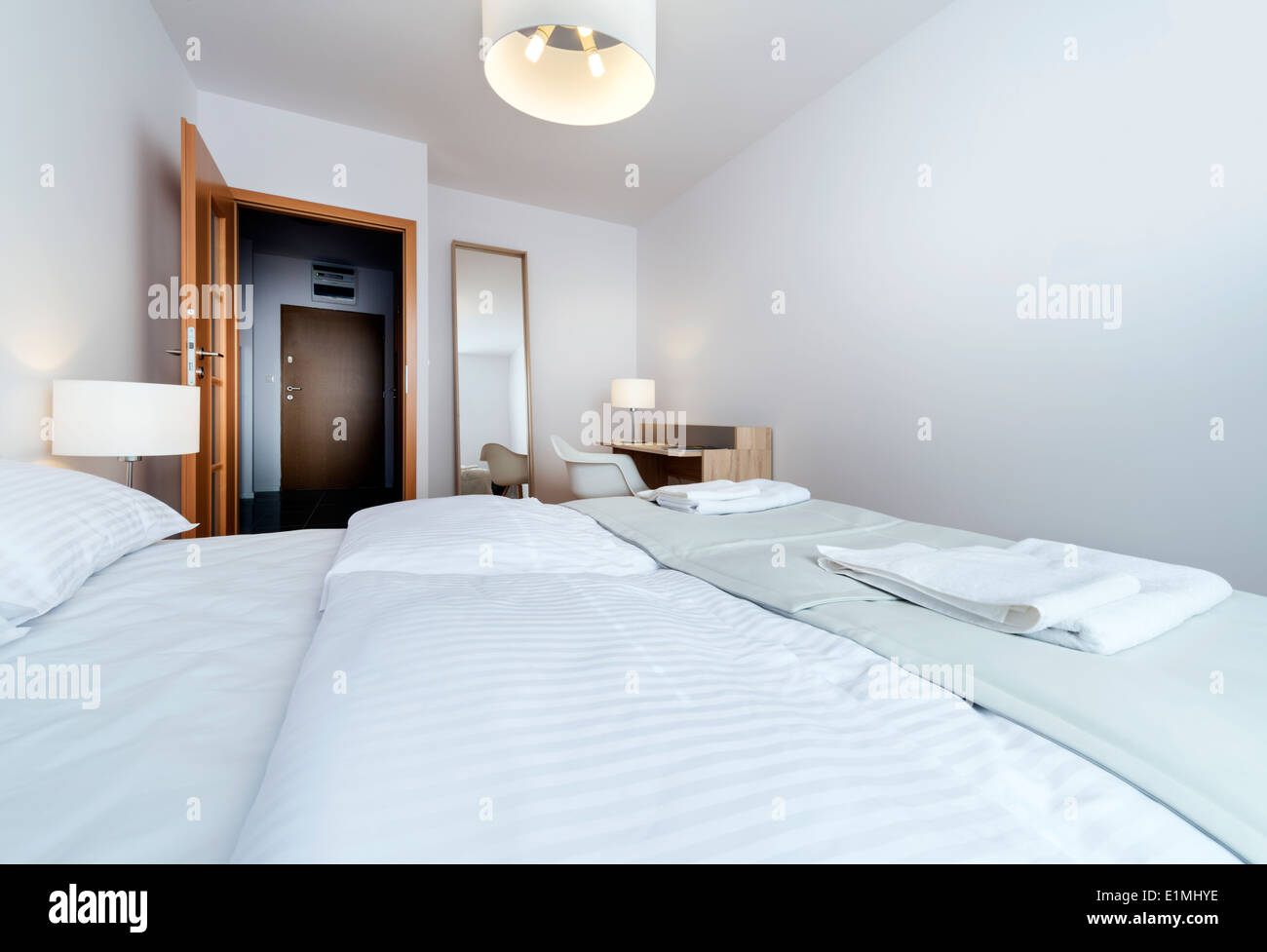 Bad Design Modern Double Bad In Modern Interior Design Room In White Stock Photo