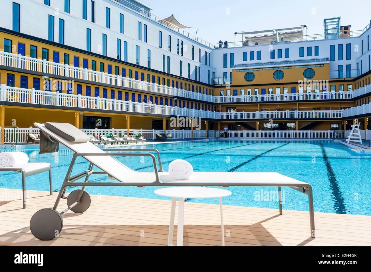Hotel Molitor Piscine Piscine Molitor Paris Stock Photos Piscine Molitor Paris Stock