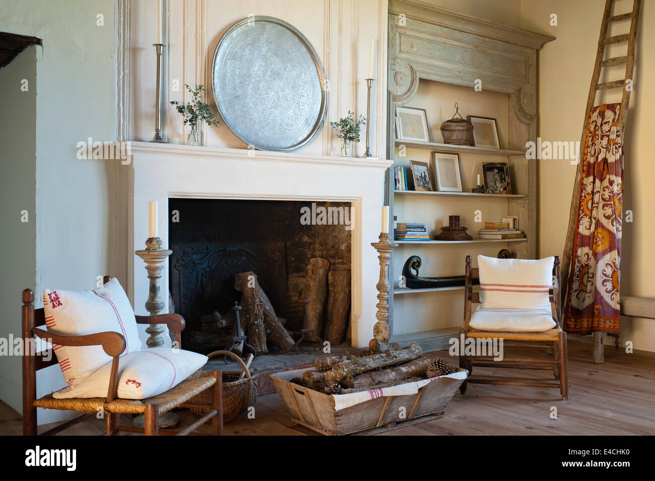 Old Farmhouse Fireplaces Old Farmhouse Fireplace Stock Photos And Old Farmhouse