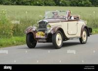 Peugeot 201 Roadster of 1932 in the Tour de Bretagne 2014 ...