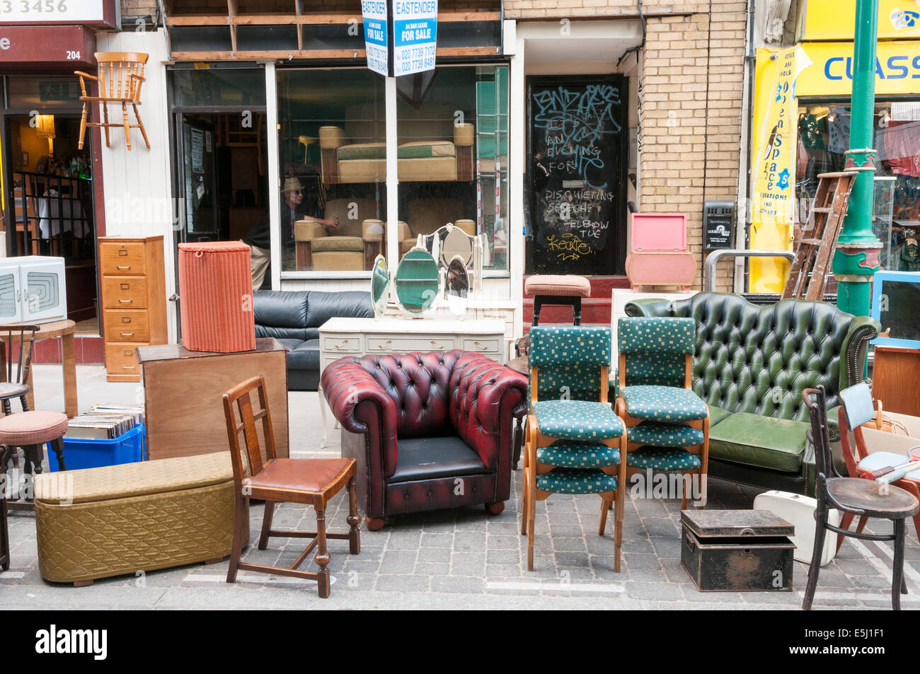 Second Hand Furniture High Resolution Stock Photography And Images Alamy