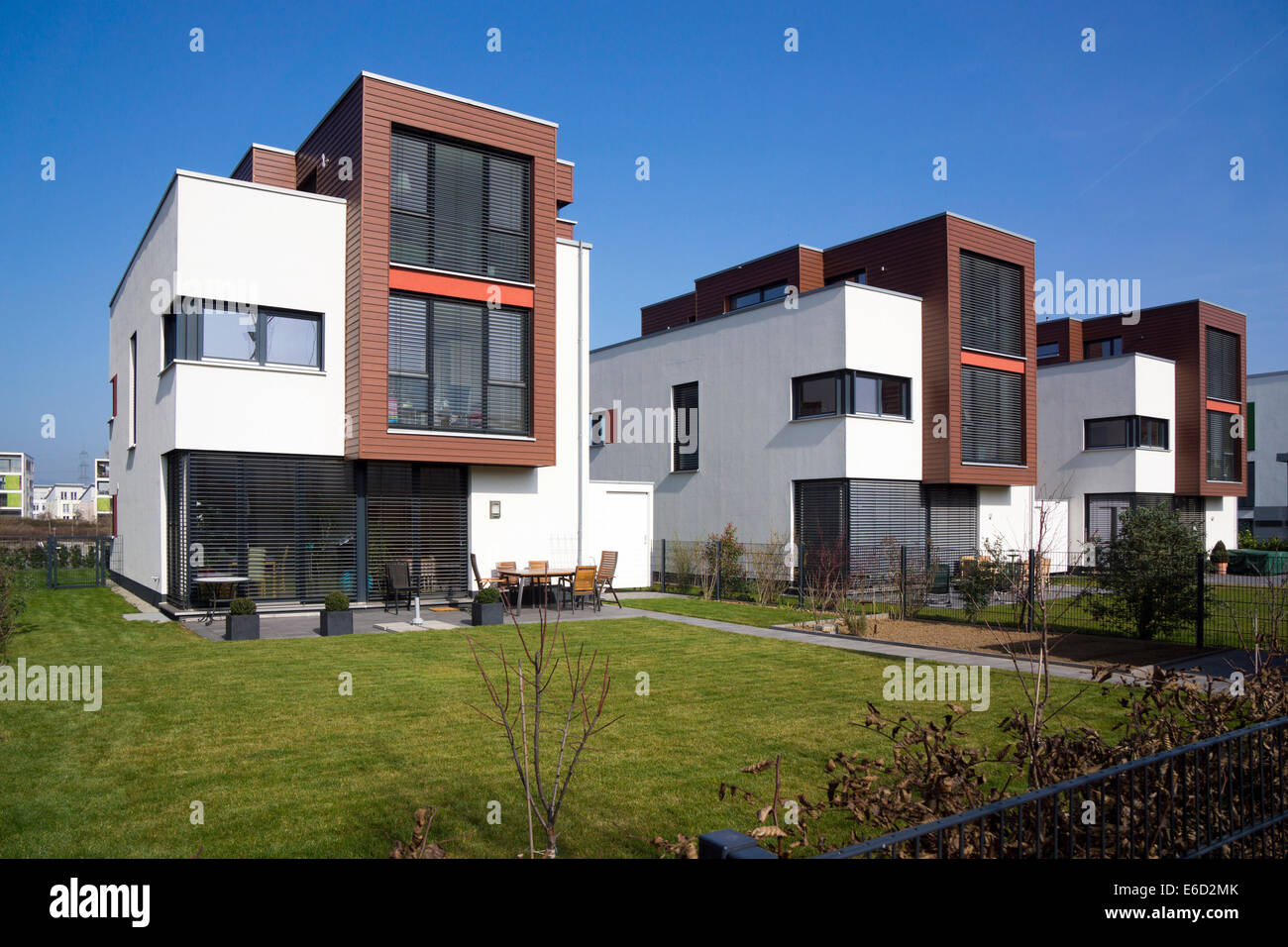 Family House Modern Architecture In The Bauhaus Style - Fashion For Home Frankfurt