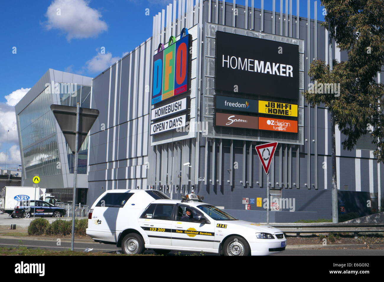 Sydney Shopping Outlets Factory Outlet Mall Stock Photos And Factory Outlet Mall