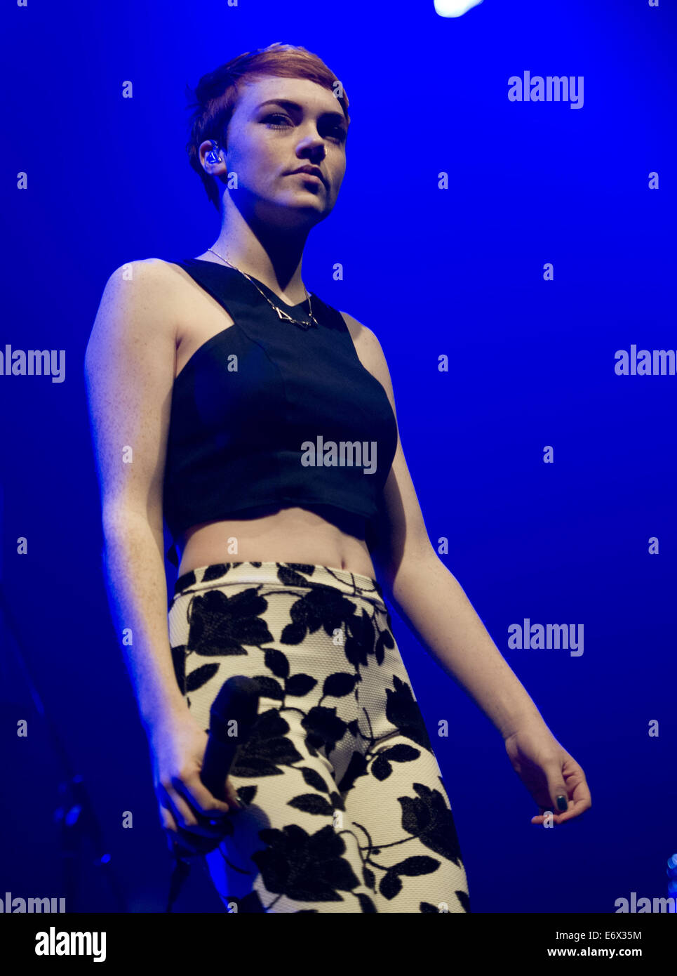Chloe Amsterdam Chloe Howl Performs To A Sold Out Crowd At Heineken Music Hall As