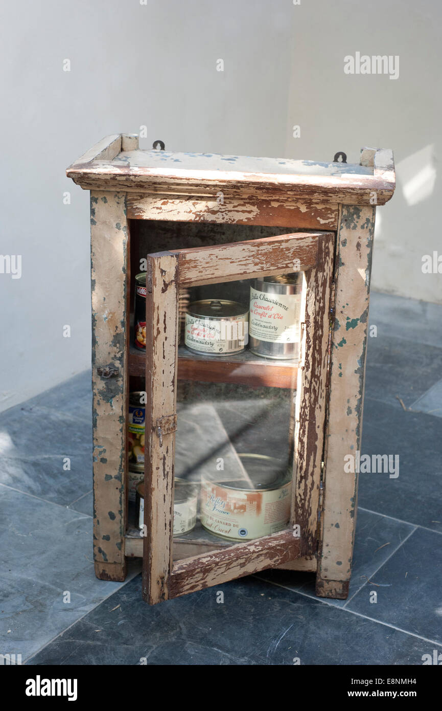 Speiseschrank An Battered Old Indian Tin Food Cabinet Stock Photo 74235872 Alamy