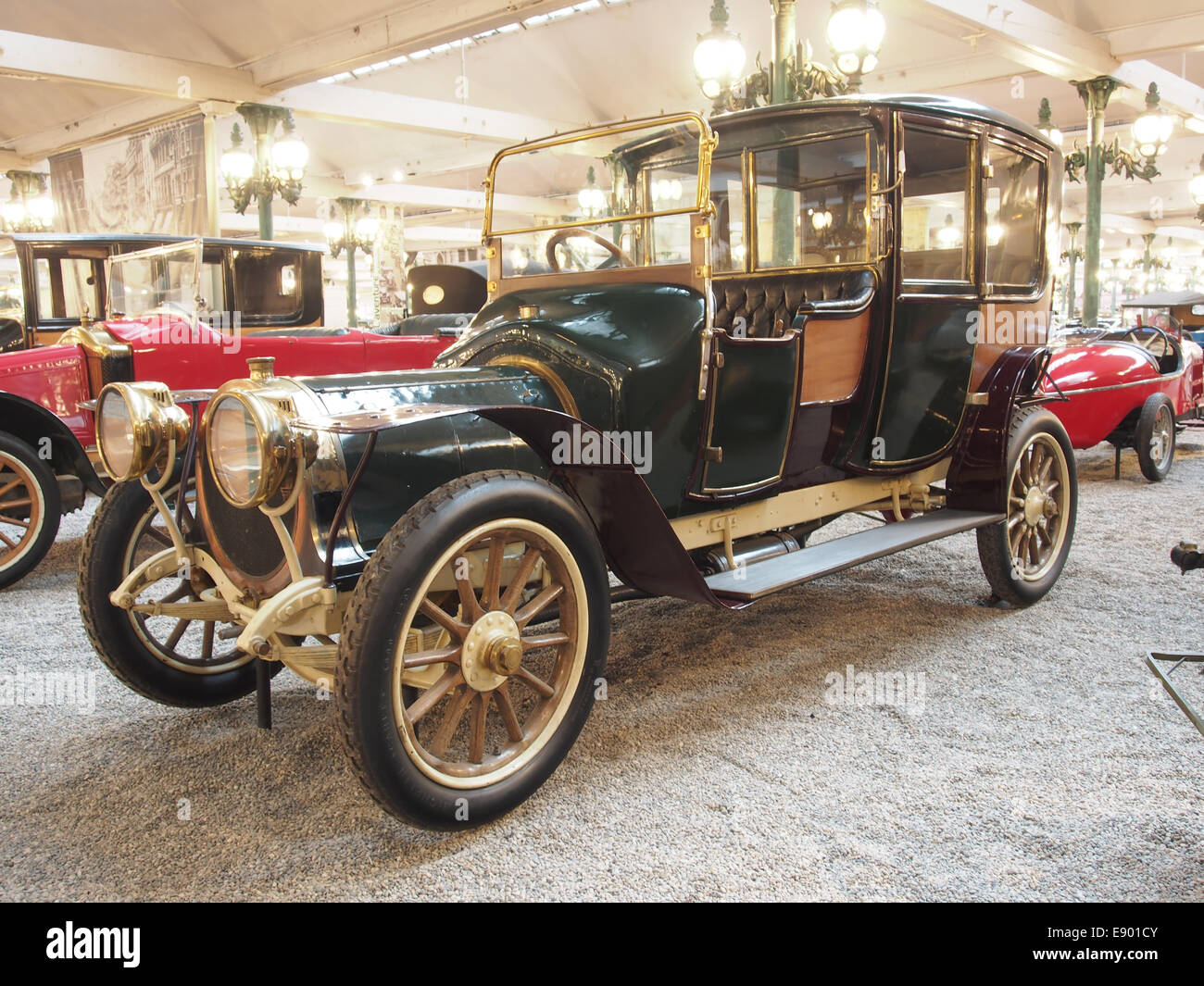 Garage Moderne Belleville 1912 Delaunay Stock Photos 1912 Delaunay Stock Images Alamy