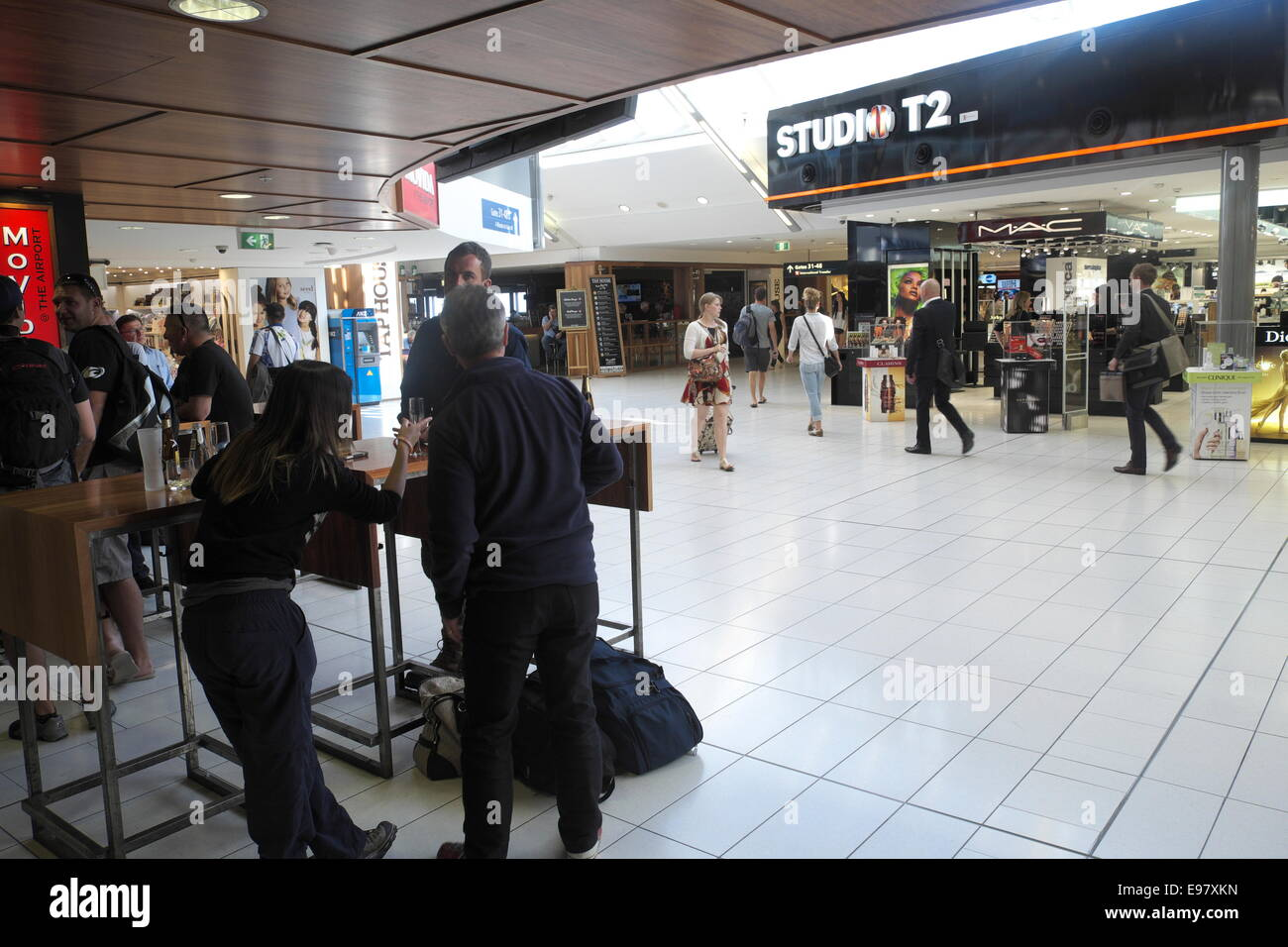 Sydney Airport Shops Sydney Airport Departure Lounge Terminal 2 Concourse Area With