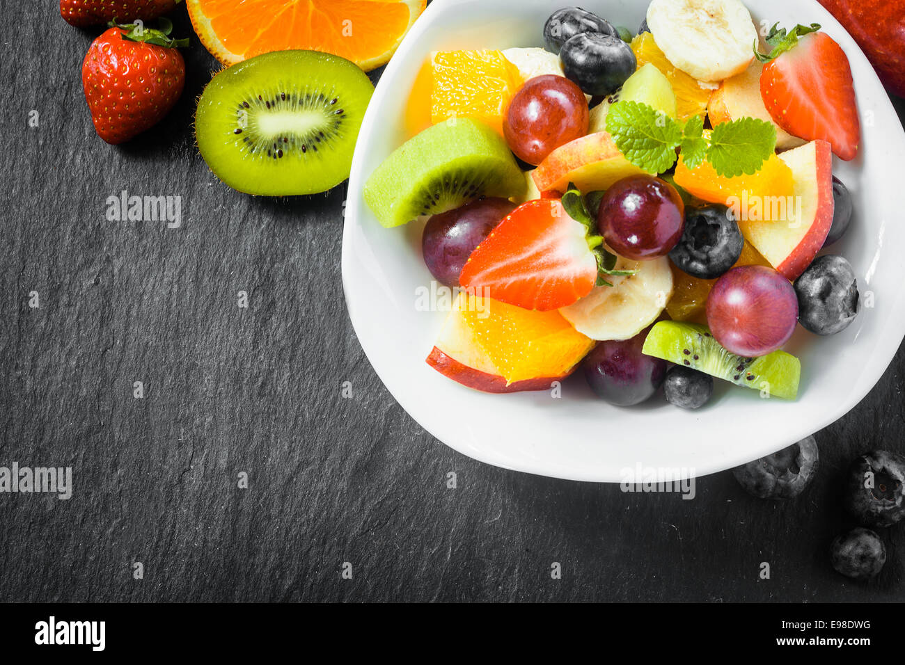 Fruit Bowl For Counter Apple Green Red Sliced Grapes Stock Photos And Apple Green