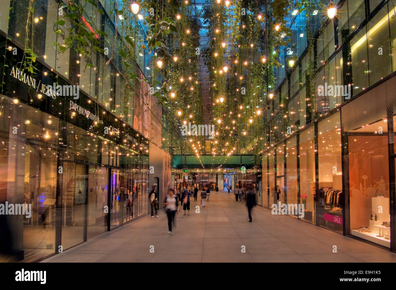 Cityquartier Fuenf Hoefe Shopping Mall Munich Upper Bavaria Stock Photo Alamy