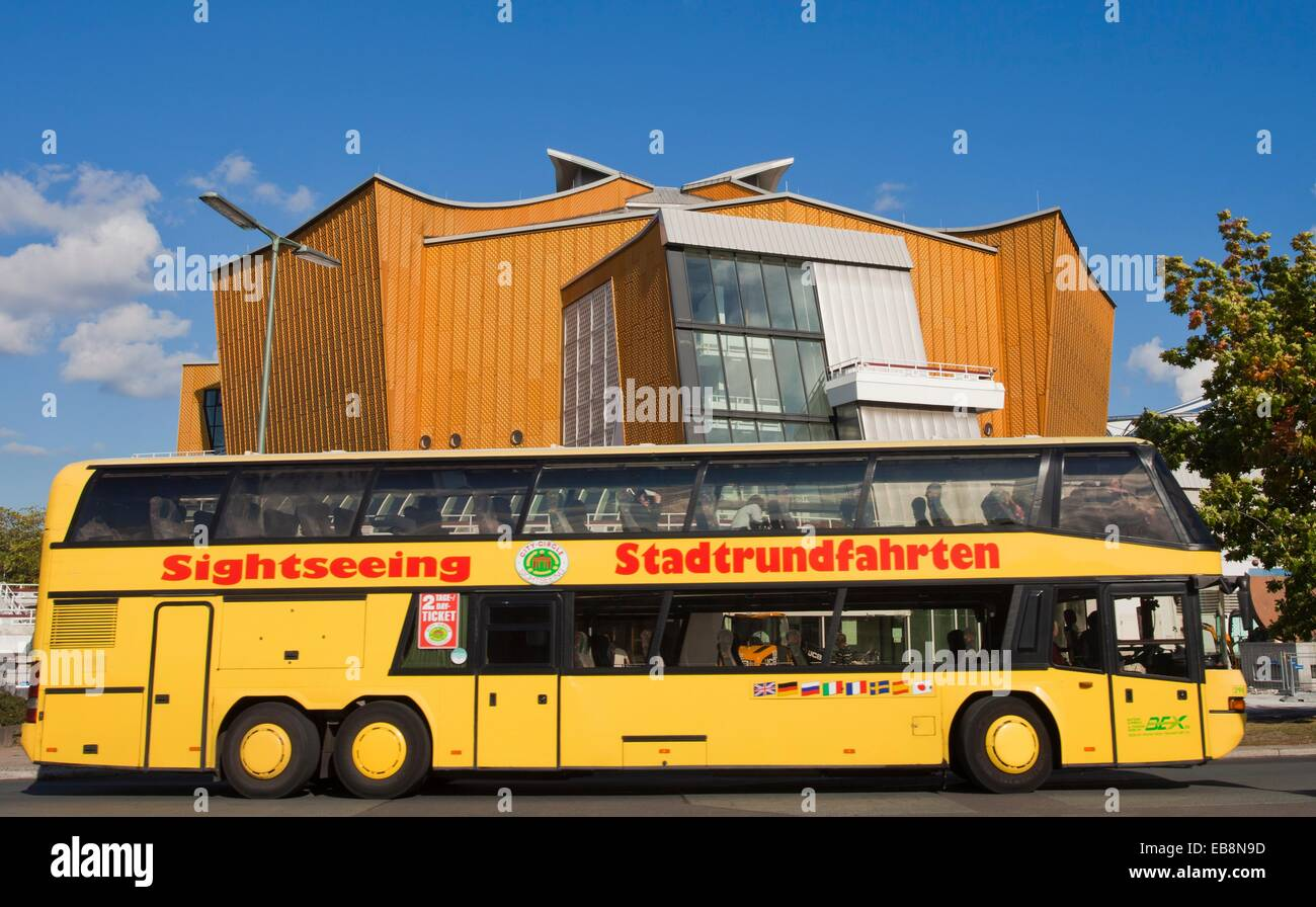 Bus Erfurt Berlin Cultural Forum Berlin Stock Photos Cultural Forum Berlin Stock