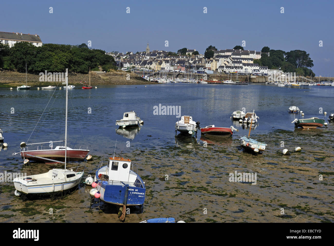 Cornouaille Chaises Along Atlantic Backgrounds Bay Boat Brittany Coast Color Image